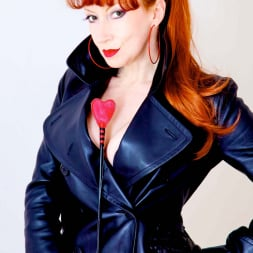 Red XXX in 'Red XXX' Red Mistress (Thumbnail 4)
