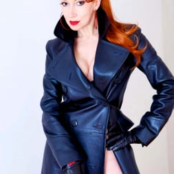 Red XXX in 'Red XXX' Red Mistress (Thumbnail 5)