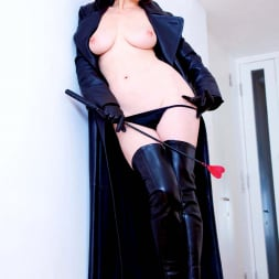 Red XXX in 'Red XXX' Red Mistress (Thumbnail 9)