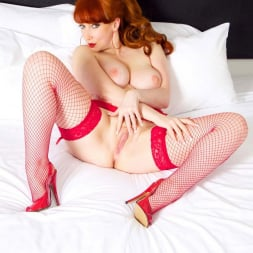 Red XXX in 'Red XXX' Red On The Bed (Thumbnail 15)