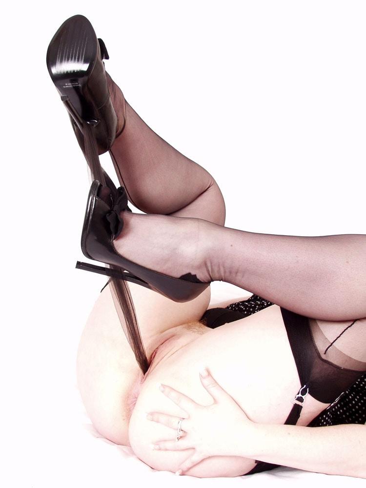 Red XXX 'Shocking Stockings' starring Red XXX (Photo 16)