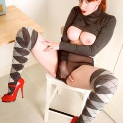 Red XXX in 'Red XXX' Socks (Thumbnail 9)