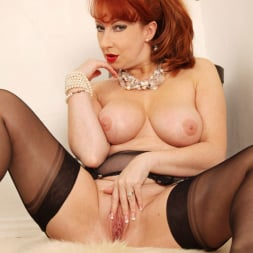 Red XXX in 'Red XXX' String of Pearls (Thumbnail 16)