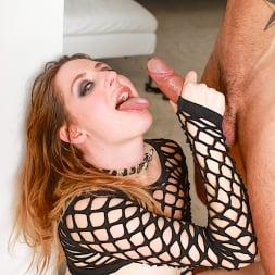 Samantha Bentley in 'Daring Sex' Pretty Little Playthings (Thumbnail 15)