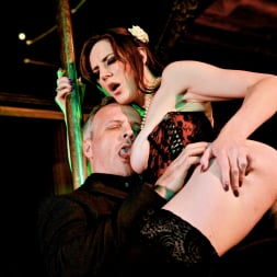 Samantha Bentley in 'Daring Sex' The Velvet Lounge (Thumbnail 12)