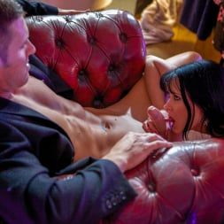 Tanya Cox in 'Daring Sex' Milf Mayhem (Thumbnail 3)